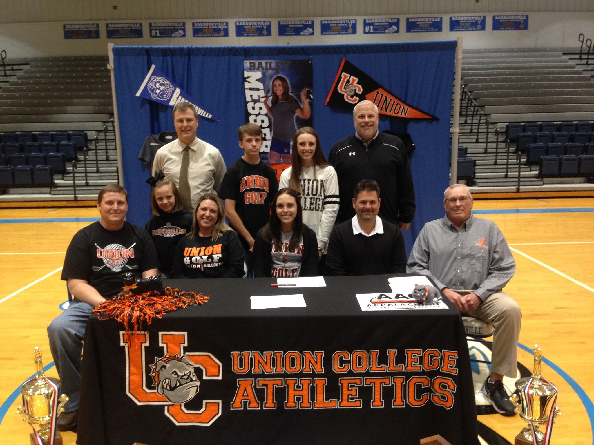 whitney messer signs to play golf at union college